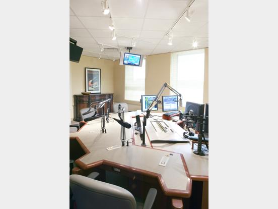 WKLU Radio Station